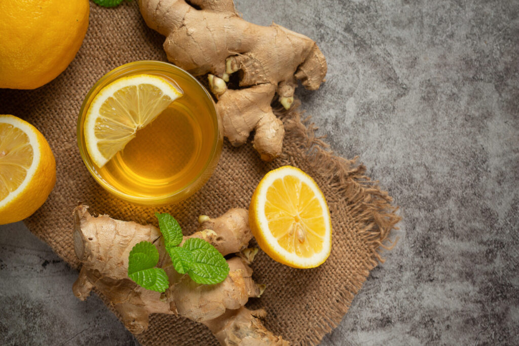 honey-lemon-ginger-juice-food-beverage-products-from-ginger-extract-food-nutrition-concept-1536x1024